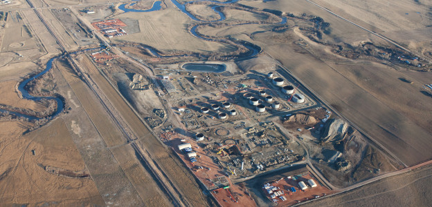 Construction at the Dakota Prairie Refining facility southwest of Dickinson, N.D. is proceeding on schedule and a critical pre-winter deadline was met when much of the groundwork and foundations were completed, allowing ground work to continue through the winter months.